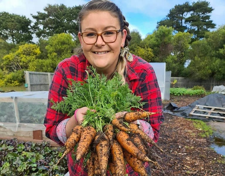 Loran with a bunch of carrots
